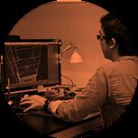 O MFA é recheado de projetos práticos: o aluno aprende fazendo design e utilizando softwares em sincronia com as demandas do mercado.